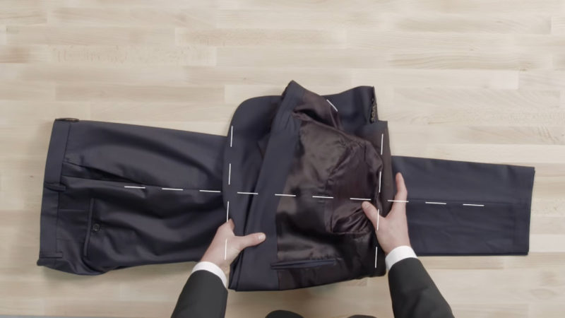 how to pack a mans suit